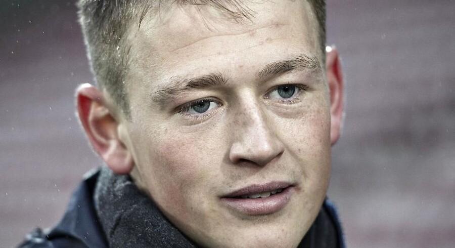 Nicolaj Thomsens højre øje kaldes lægevidenskabeligt for 'dovent'.