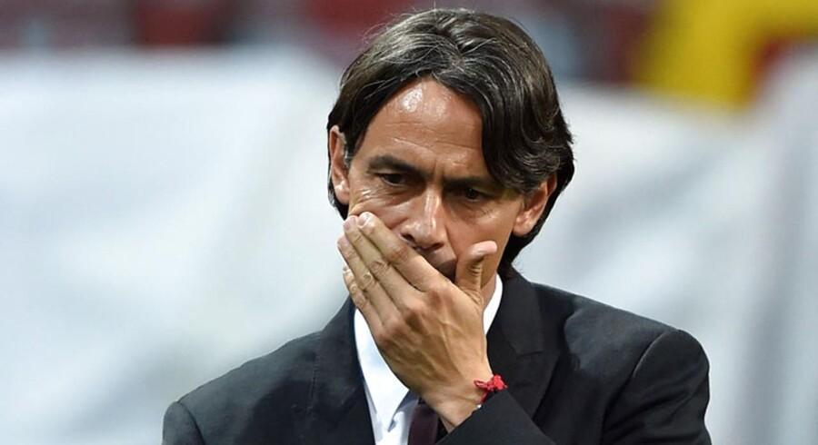 Filippo Inzaghi er blevet fyret som cheftræner i AC Milan.