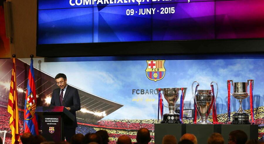 Josep Maria Bartomeu trækker sig som præsident for FC Barcelona.