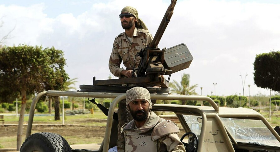 Anti Gaddafi-styrker (billedet) er ved at overtage Sirte. Og når det sker, kan landet erklæres for befriet.