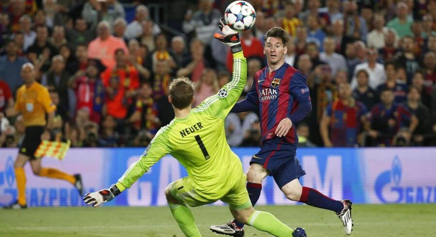Lionel Messi slog sin gamle læremester Pep Guardioa i den direkte duel, hele verden har snakket om. Barcelona satte Bayern München til vægs og vandt 3-0 i den første Champions League-semifinale mellem de to.