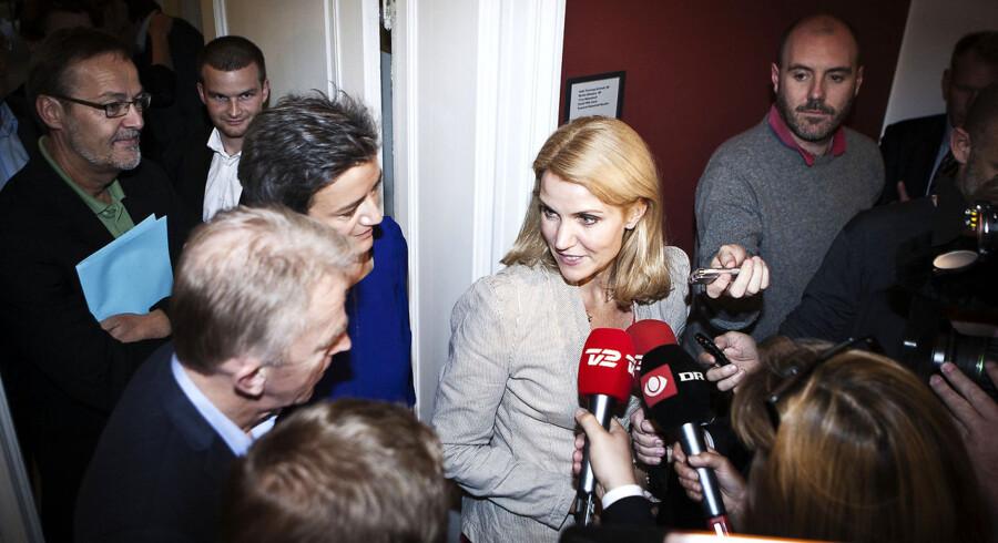 - Både de elektroniske og trykte medier satte åbenlys rekord i dækningens omfang, siger Jens Otto Kjær Hansen, rektor for Danmarks Medie- og Journalisthøjskole.