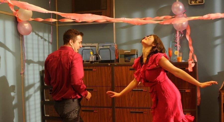 Ryan Reynolds og Gemma Arterton inden »The Voices« bliver ond.