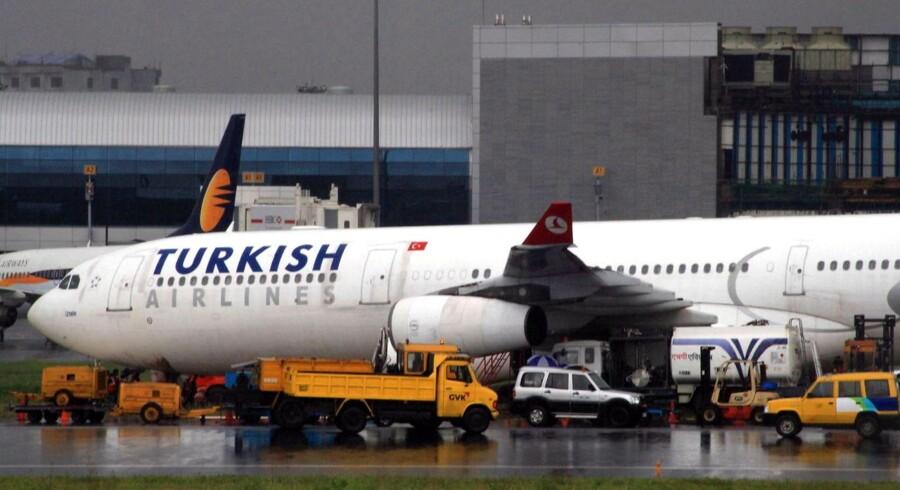 Et fly fra Turkish Airlines gled i september af startbanen i Mumbai i Indien.