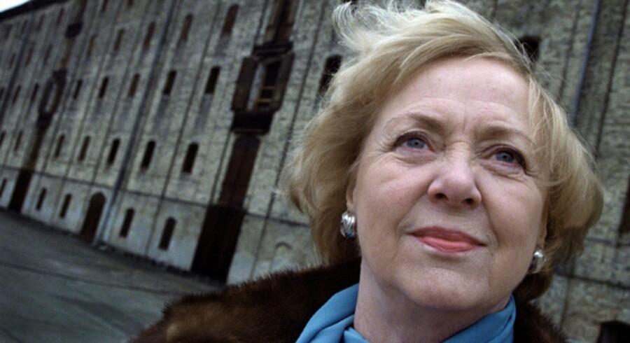 Vigdís Finnbogadóttir blev verdens første kvindelige præsident og nåede at sidde 16 år i embedet i Island. Arkivoto: Henrik Ole Jensen