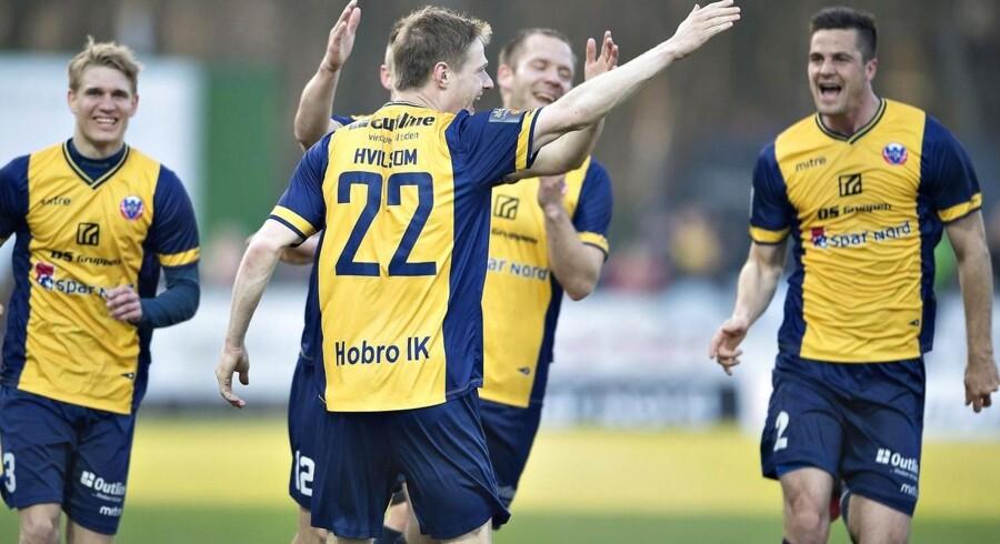 Hobros Mads Hvilsom jubler over sin scoring til 2-1