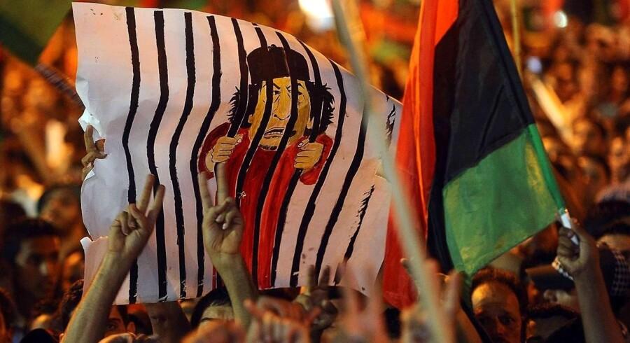 Overgangsrådet, som skal skabe demokrati i Libyen efter Gaddafi, er en broget flok af stammeoverhoveder, bureaukrater, borgerrettighedsforkæmpere og andet.