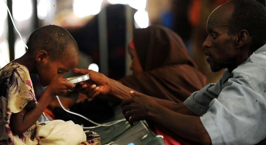 FN har nu fået nødhjælp til områder i det sydlige Somalia, som ellers tidligere har været afskåret for hjælp.