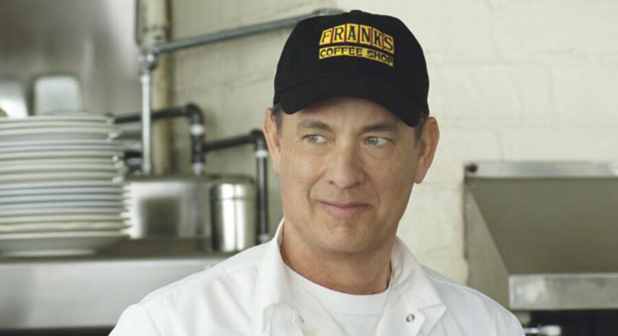 I sin kommende film »En ny chance til Larry Crowne« spiller komikeren Tom Hanks den lille mand, der forsøger at genopfinde sig selv. Som sin medspiller ses bl.a. Julia Roberts.
