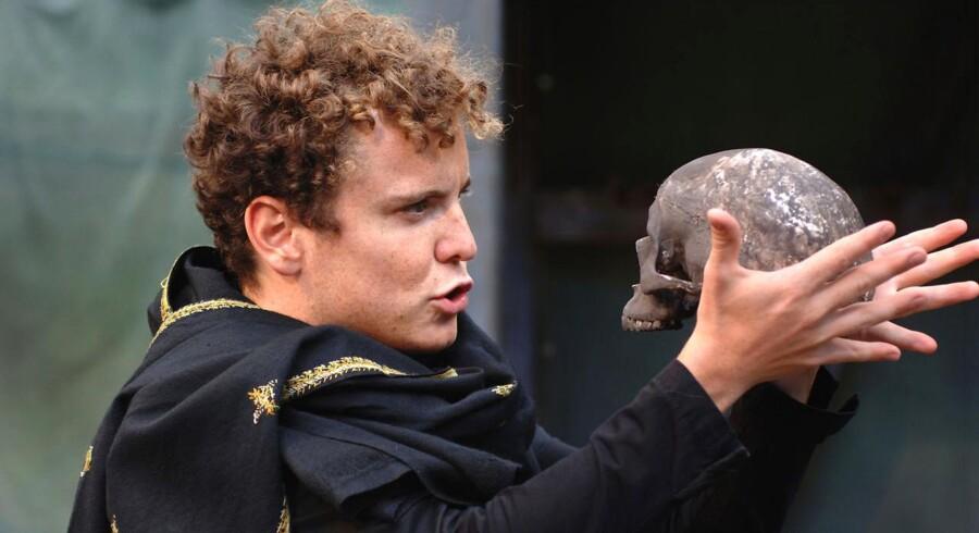 Shakespears Globe Teater havde 10-08-2011 premiere på Kronborg i Helsingør. På billedet ses Joshua McGuire som Hamlet.