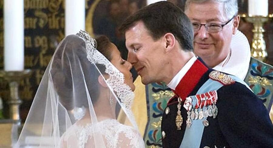 Prins Joachim ville ikke kunne have fået sin Marie, hvis han i dag ville giftes i Koldings største sogn. »Jeg har selv været til bryllup, hvor fraskilte bliver gift igen, og jeg ønsker dem også tillykke, men jeg synes, at de skulle være gået på rådhuset i stedet,« siger den nyansatte præst i sognet.