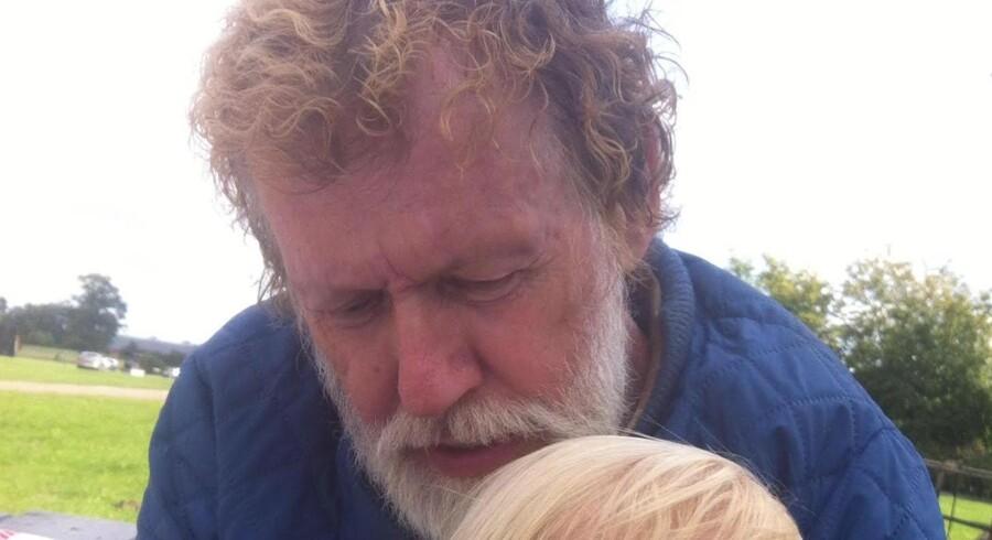 Den 67-årige Jørgen Saugsted har erkendt, at han i september sidste år skød og dræbte advokat Anders Lindholt og sårede sin tidligere svigersøn.