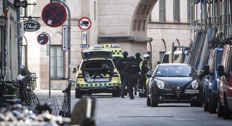 Tirsdag den 16. september. Skuddrama ved fogedretten i Hestemøllestræde.