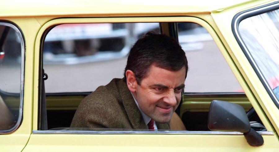 Rowan Atkinson er som Mr. Bean mest kendt for at køre i gammel mini, men i privatlivet er han til lidt mere fart over feltet.