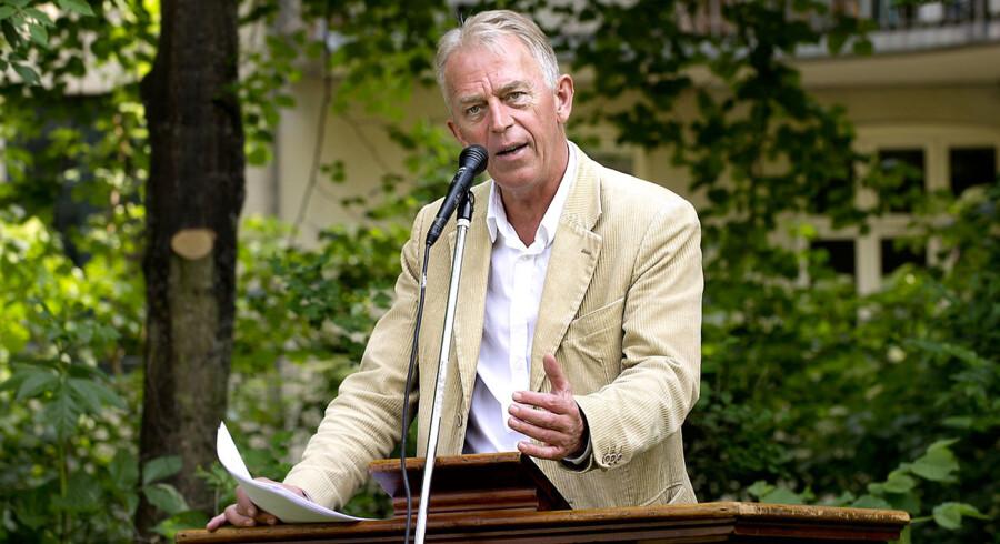 SFs formand Villy Søvndal holder Grundlovstale i Skydebanehaven på Vesterbro lørdag d.5.juni 2011. (Foto: Keld Navntoft/Scanpix 2011). (Foto: Keld Navntoft/Scanpix 2011)
