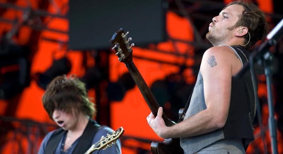 Både i 2011 og i 2008 spillede Kings of Leon på Danmarks største scene, Orange. Her er det fra 2008-koncerten.