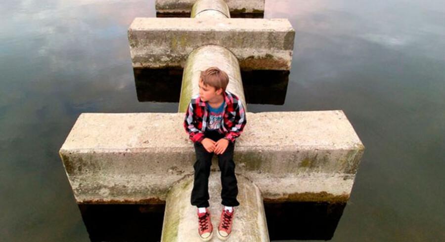 """""""Evald reflekterer over dagen ved Langesø, Ringsted"""" af Rune Hansen. Fotograf Linda Henriksens kommentar: """"Smukt komponeret. Lyset er vellykket, det er meget professionelt."""""""