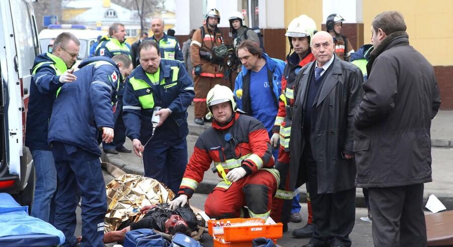 Det er tumultscener som disse, de Russiske myndigheder håber at have afværget. Mindst 40 mennesker blev dræbt og over 100 såret under metroangrebet i marts sidste år.