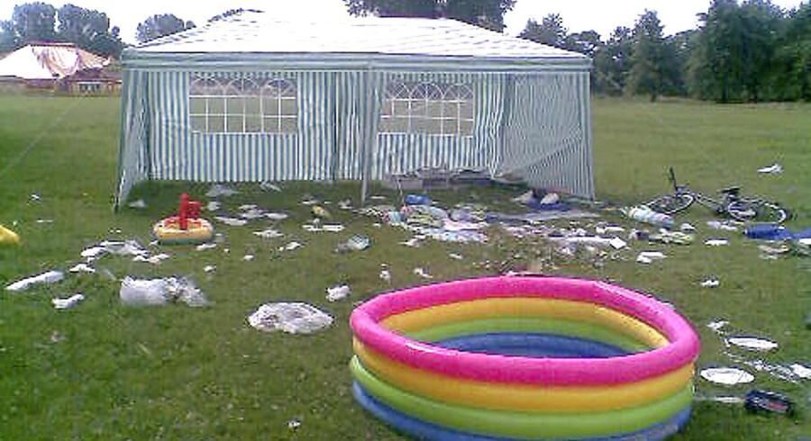 Sådan så der ud i Amager Strandpark efter festen.
