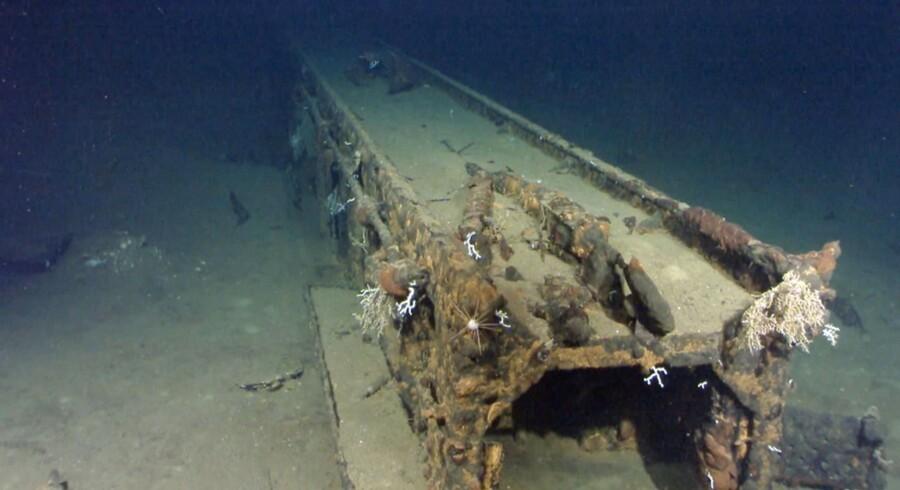 70 år efter at de amerikanske styrker sænkede det japanske krigsskib Musashi har medstifteren af Microsoft, Paul Allen, angiveligt fundet skibet på bunden af havet ved Filippinerne.Efterfølgende har Allen lagt en række billeder fra fundet ud på sin officielle Twitter-profil.Se et lille udsnit af billederne her.