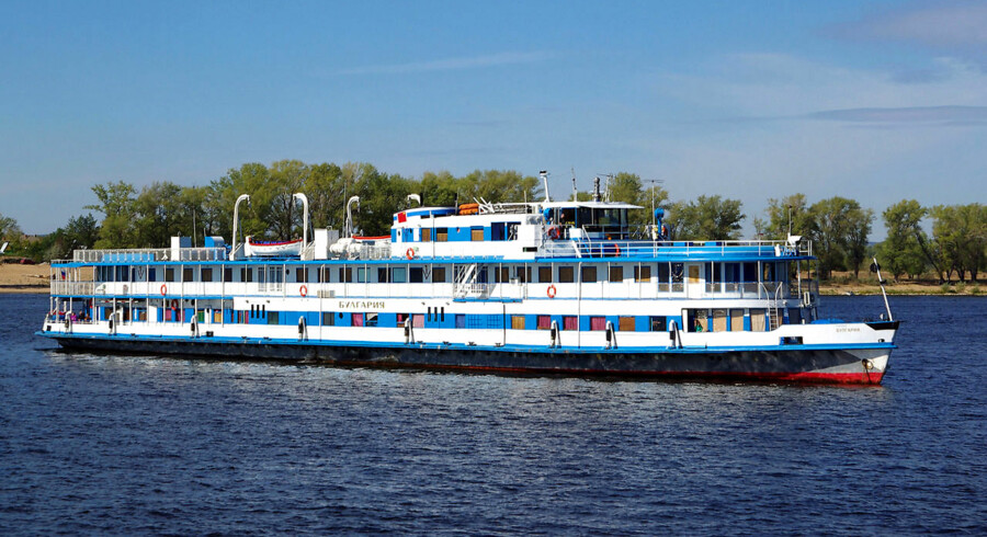 A picture taken on September 11, 2010 shows the Bulgaria river cruiser heading along Volga River near the city of Samara. At least one person died and 88 were missing after the Bulgaria carrying more than 170 people sank in the Volga River in Russia's Tatarstan region on July 10, 2011, the Ministry of Emergency Situations said. AFP PHOTO/ MIKHAIL MOZZHUKIN