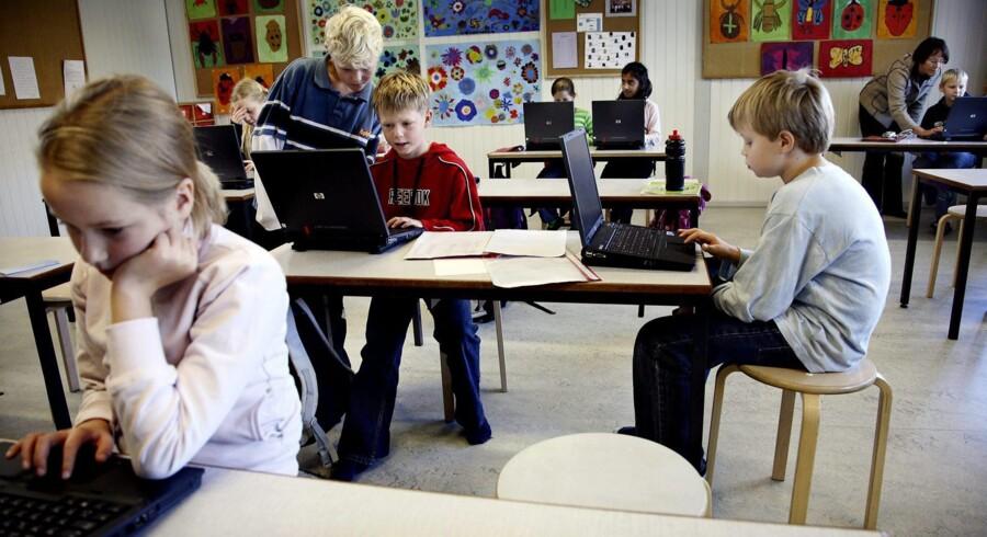 Danske skoleelever er for dårlige til at læse tekster og søge informationer på computer, viser ny test. Arkivfoto: Rune Feldt-Rasmussen