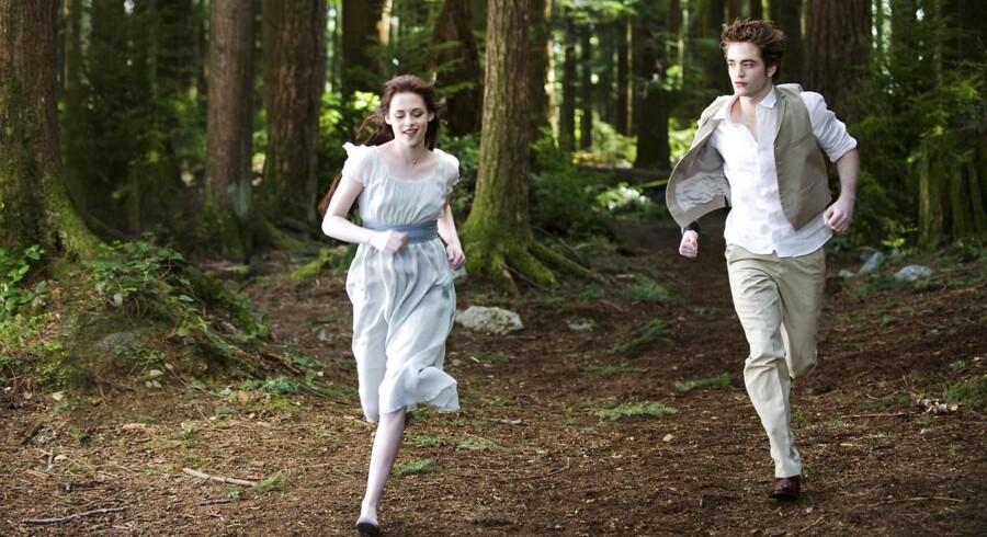 """Hovedpersonerne i """"Twilight""""-sagaen, Edward Cullen og Bella Swan."""