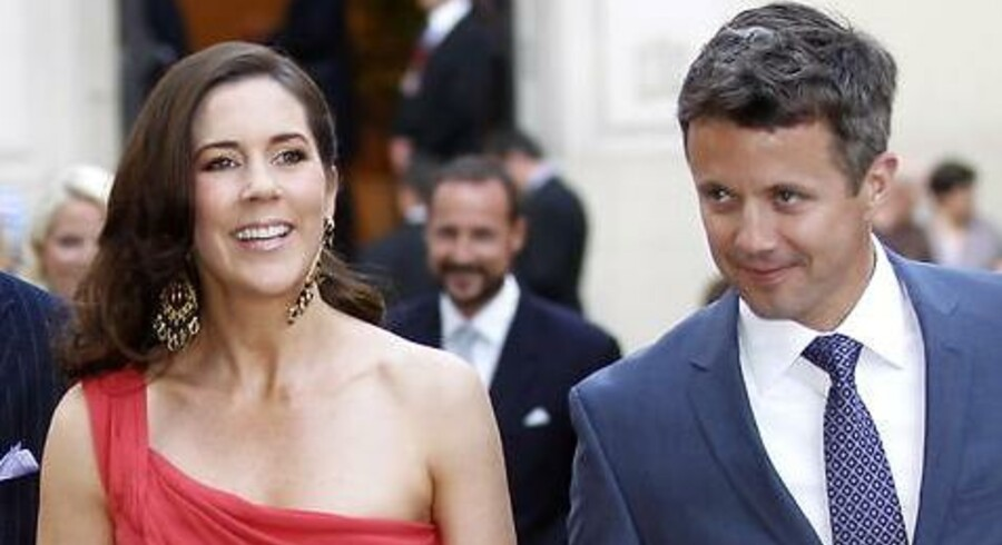 Kronprinsesse Mary og kronprins Fredrik ankommer til Hotel Hermitage i Monaco fredag d.1.juli 2011 i forbindelse med fyrst Albert og Charlene Wittstock bryllup. Albert og Charlene blev borgerligt viet fredag og skal kirkeligt giftes lørdag.