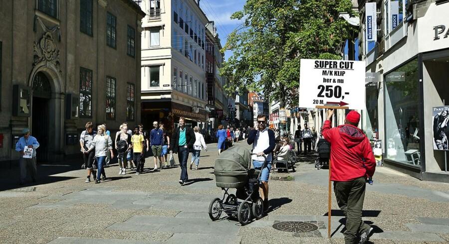 Sådan ser Købmagergade ud i dag. Scroll ned på siden for at se, hvor meget gaden har ændret sig.