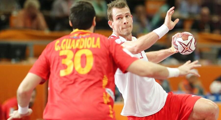 Mads Christiansen med en afslutning i VM-kvartfinalen mod Spanien.