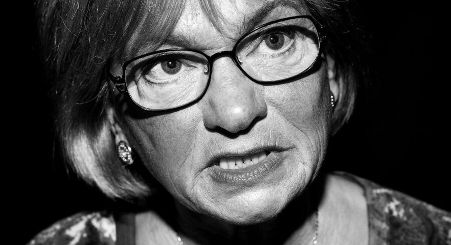 Dansk Folkepartis Pia Kjærsgaard langer med hjælp fra nazismen hårdt ud efter den tyske ambassadør, der i går kritiserede den øgede grænsekontrol.