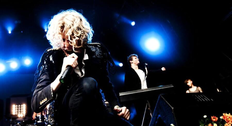 Dúné, der her optræder på Danmarks Smukkeste Festival i Skanderborg, kom på kant med vagterne på Skive Festival.