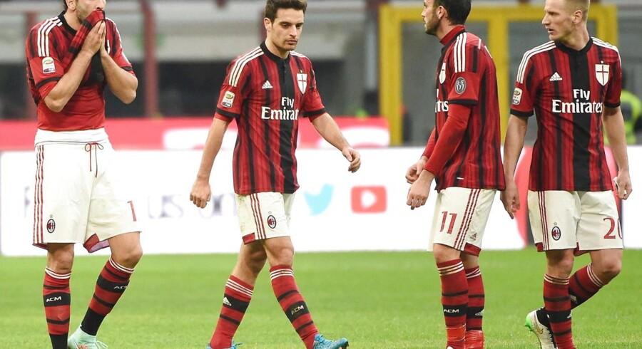 Milans spillere måtte slukørede forlade kampen mod Atalanta med et 0-1-nederlag i bagagen.