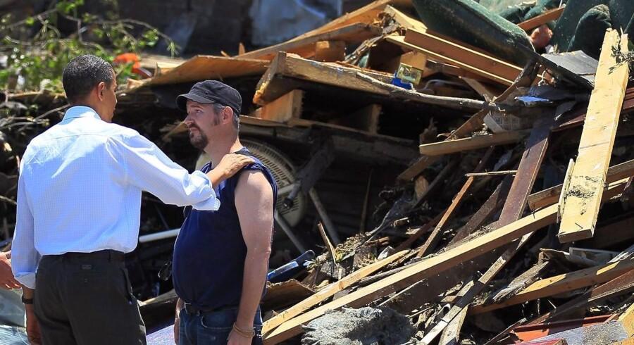 Barack Obama lover massiv økonomisk støtte til genopbygning af Joplin.