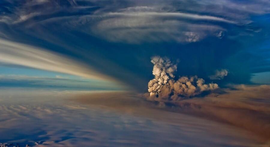 Et luftbillede af Grimsvötn i udbrud.