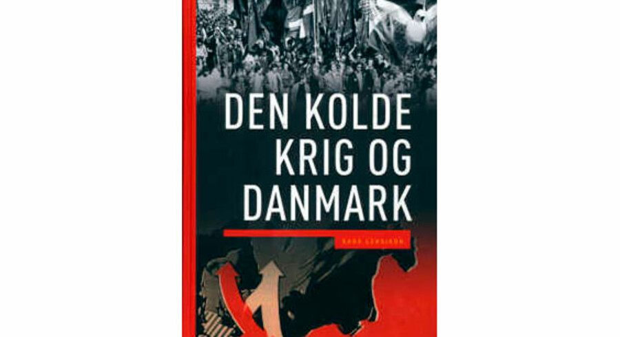 Direktøren for Det Kongelige Bibliotek går i brechen for det i Berlingske kritiserede værk »Den Kolde Krig og Danmark«.