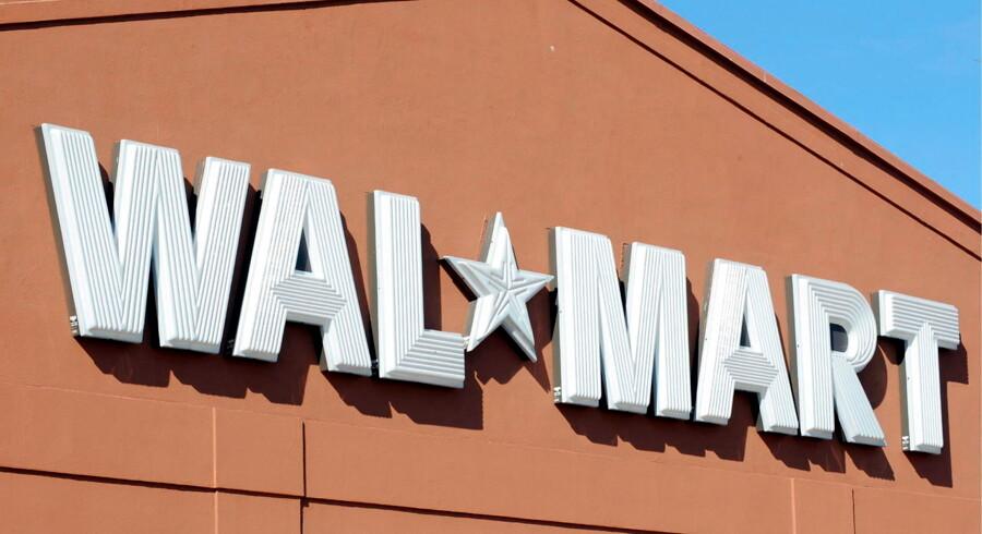 Skyderiet skete klokken 10.30 lokal tid i en Wal-Mart-butik i byen Hayden.