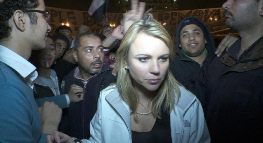 Billedet af CBS-journalisten Lara Logan på Tahrir Pladsen er taget få minutter inden, hun blev overfaldet og misbrugt af mere end 200 mænd.