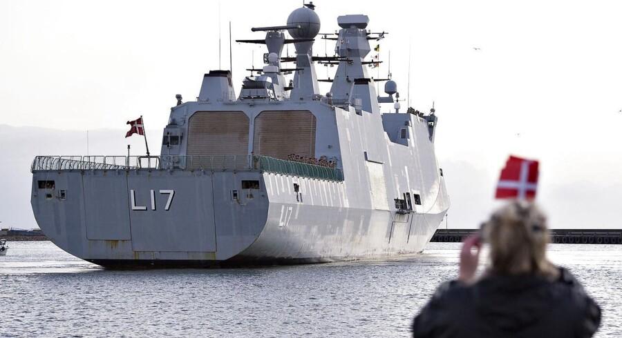 Efter 15 måneders piratjagt og mission ved Afrika og i Middelhavet ankom krigsskibet Esbern Snare til Flådestationen i Frederikshavn.