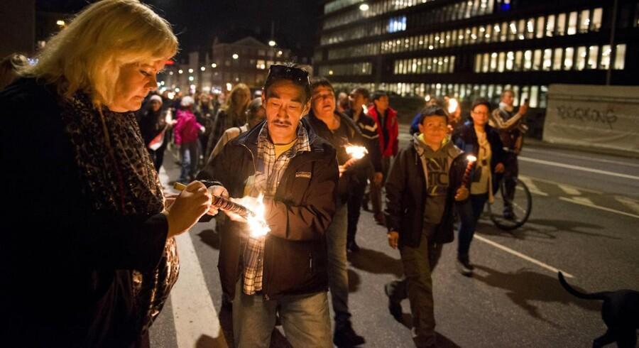 Københavnere i fakkeloptog 8. oktober 2014 for at mindes den hjemløse Daniel, der døde ved Amagerbro Metro.