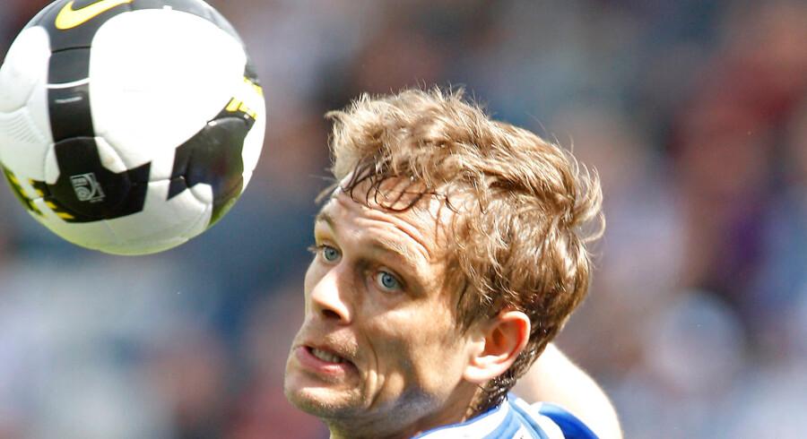 Morten Bisgaard og flere andre OB-koryfæer har meldt sig ud af Odense Boldklub. Andre fynske klubber står klar med åbne arme