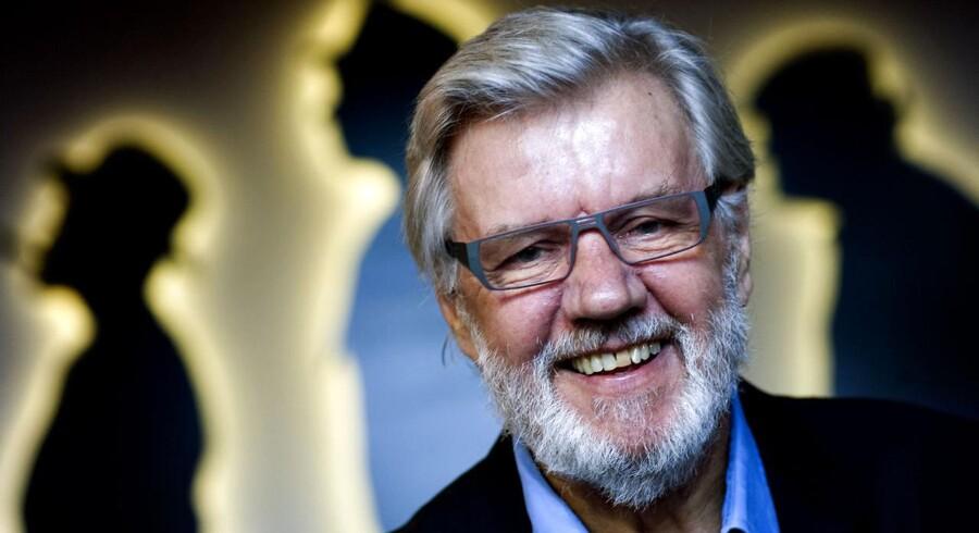 """Bedst kendt er han for sin rolle som Benny Frandsen i Erik Ballings Olsen-Banden, men Morten Grunwald har gennem sin karriere medvirket i en lang række spillefilm og opsætninger samt besiddet stillinger som både producent, instruktør og direktør. Han er stadig aktuel på det store lærred, i øjeblikket med spillefilmen """"Stille Hjerte"""", skønt han tirsdag fylder 80.Læs også: »Det lykkeligste i livet ved siden af kærligheden er arbejdet. Jeg har været brandheldig med dem begge.«"""