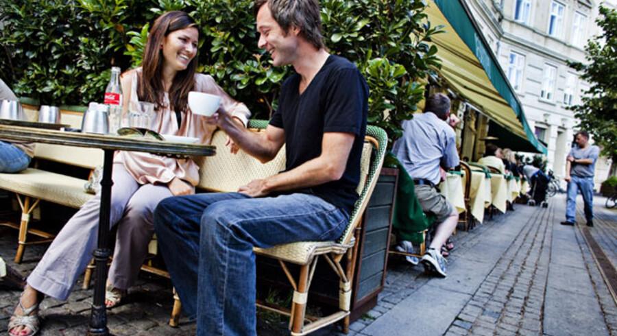 »Jeg drømmer om hverdagen. Den er det mest interessante i et forhold. Enhver kan få en fest til at fungere, men det bliver man jo træt af i længden,« siger Anne Sophia Hermansen, der i går var på »date« med Morten Staberg.