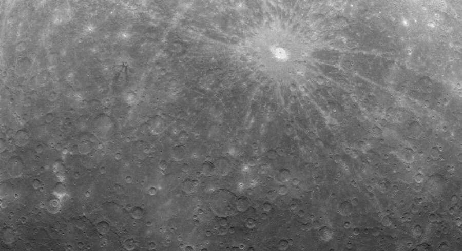 Merkur set fra Messenger