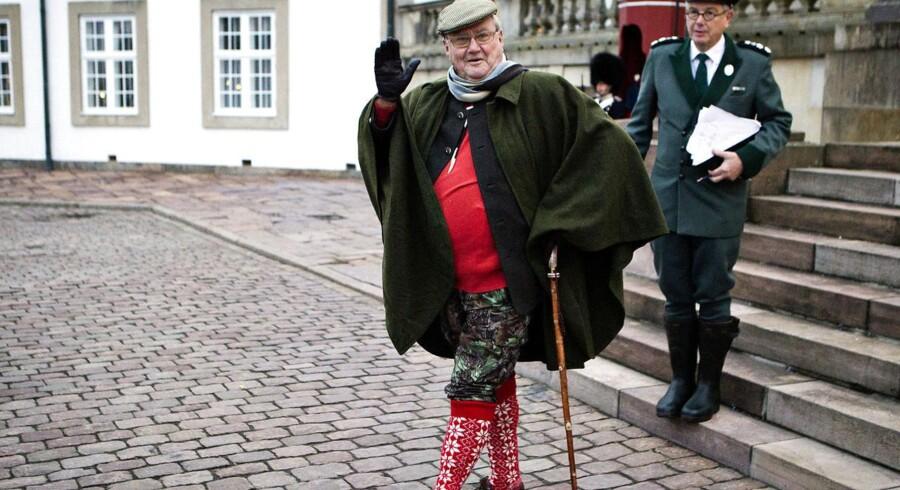 Prinsgemalen på vej til kongejagt. Her foran Fredensborg Slot.