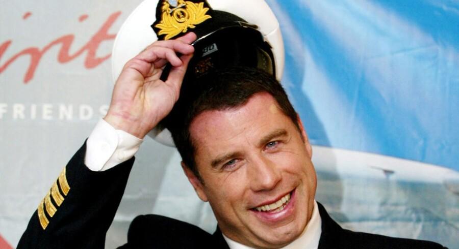 Allerede i 2002 sprang Travolta i Qantas flykaptainsuniform som ambassadør for flyselskabet.