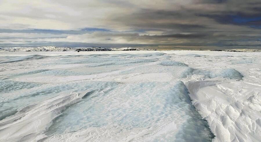 Svindende is ved arktis kan betyde flere kolde vintre i Europa, mener forskere.