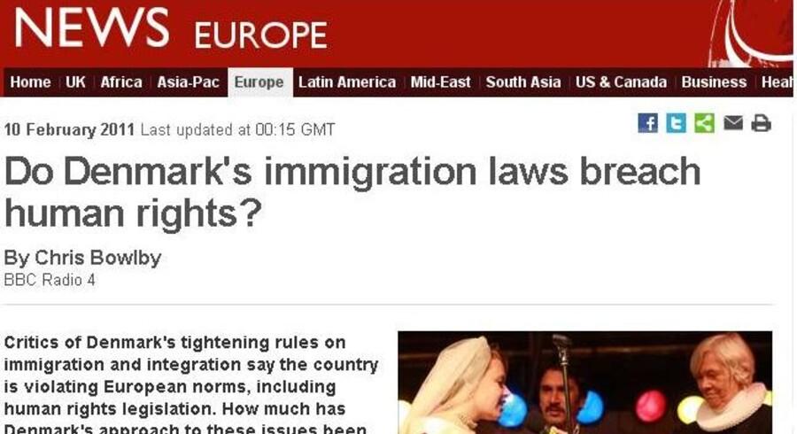 Den mest læste historie på et af verdens mest populære internationale nyhedssites retter et kritisk blik på Danmarks udlændingelovgivning