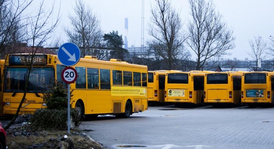 I Hovedstaden gælder rejsetidsgarantien, så strejkeramte buspassagerer kan få betalt deres taxaregning. Det kan de ikke i resten af landet, selvom reglerne er de samme.