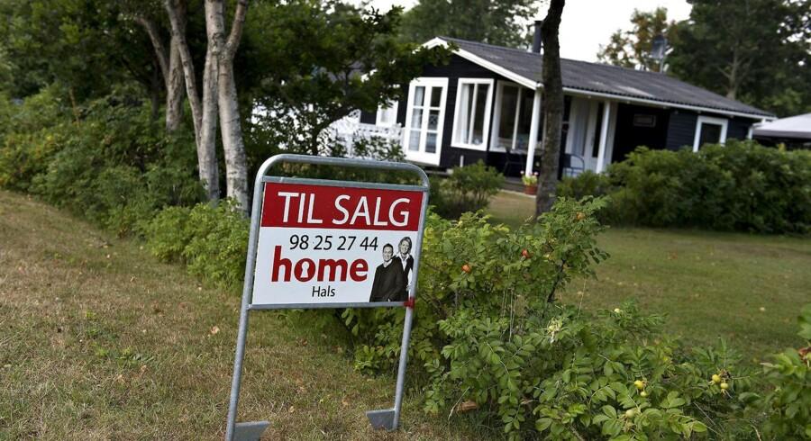 Sælgerne skruer op for prisen på sommerhuse, viser nye tal.